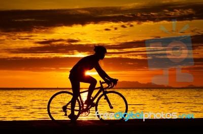 biker-100215883
